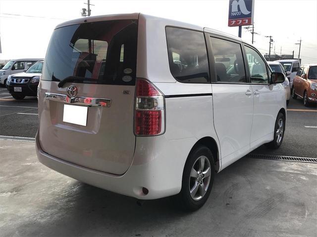 「トヨタ」「ノア」「ミニバン・ワンボックス」「滋賀県」の中古車5