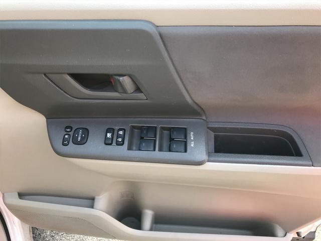 「トヨタ」「ノア」「ミニバン・ワンボックス」「滋賀県」の中古車11