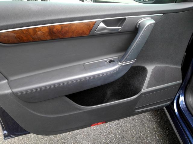 フォルクスワーゲン VW パサートヴァリアント ワンオーナー 黒革シート 純正HDDナビ・地デジTV