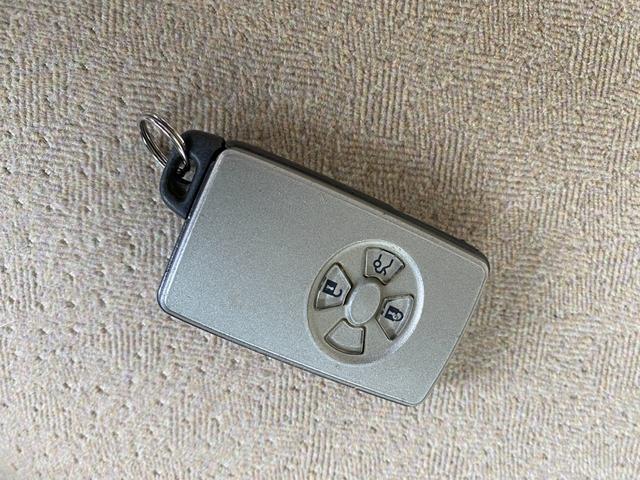 ロイヤルサルーン ワンオーナー車 純正HDDマルチ バックカメラ コーナーセンサー スマートキー HIDヘッドライト ビルトインETC(20枚目)
