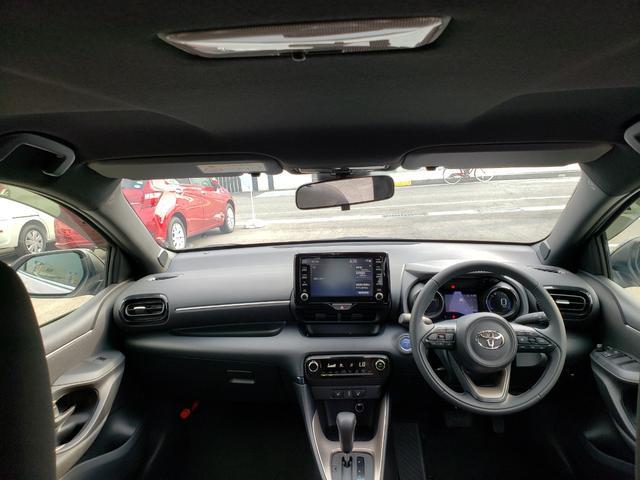 ハイブリッドZ トヨタセーフティセンス ディスプレイオーディオ パノラミックビュー 3灯LEDライト オートハイビーム 誤発進抑制 クルコン 先行車発進通知 キーフリー プッシュスタート ステアリングスイッチ(3枚目)