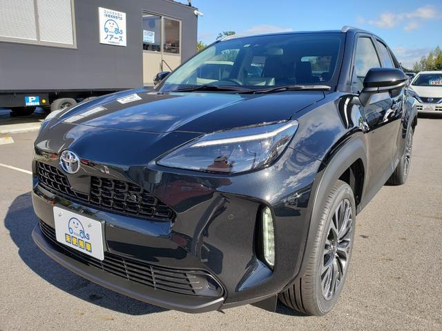 Z 登録済未使用車 トヨタセーフティーセンス ルーフレール 8インチディスプレイオーディオ 6スピーカー 運転席パワーシート バニティランプ シートヒーター LED(3枚目)
