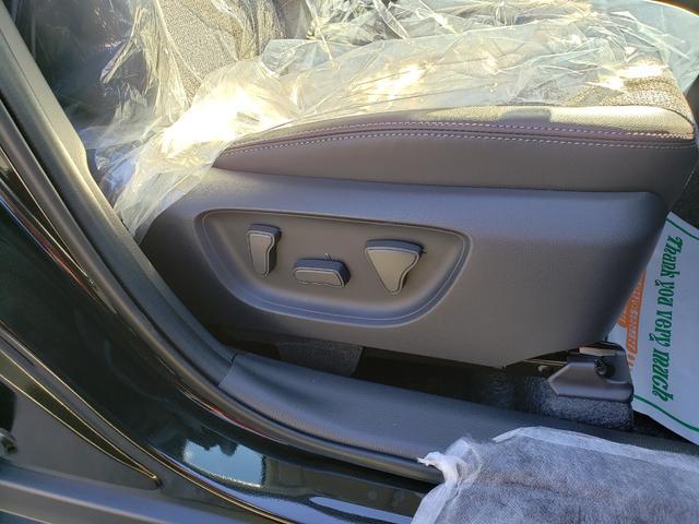 Z 登録済未使用車 トヨタセーフティーセンス ルーフレール 8インチディスプレイオーディオ 6スピーカー 運転席パワーシート バニティランプ シートヒーター LED(10枚目)