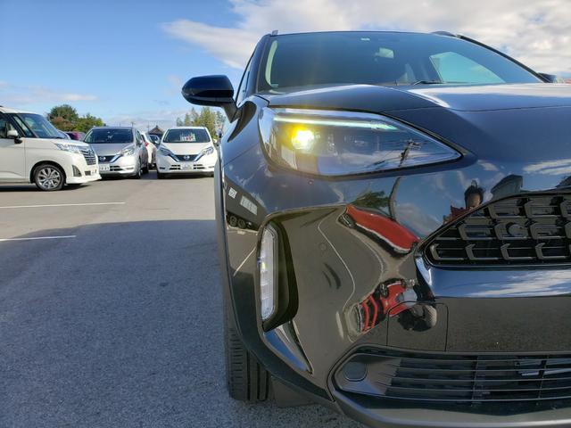Z 登録済未使用車 トヨタセーフティーセンス ルーフレール 8インチディスプレイオーディオ 6スピーカー 運転席パワーシート バニティランプ シートヒーター LED(32枚目)