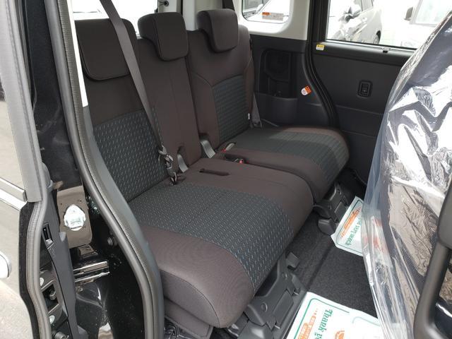 カスタムG-T 登録済未使用車 9インチディスプレイオーディオ フルセグ パノラミックビューモニター 電動パーキング クルーズコントロール 15インチアルミホイール(16枚目)