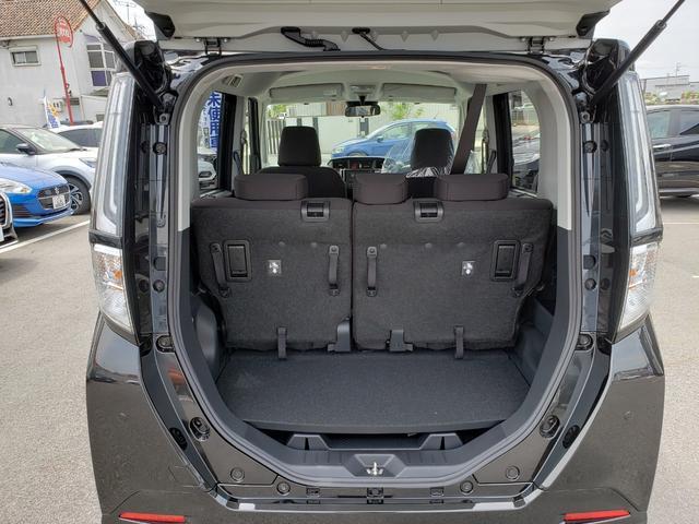 カスタムG-T 登録済未使用車 9インチディスプレイオーディオ フルセグ パノラミックビューモニター 電動パーキング クルーズコントロール 15インチアルミホイール(19枚目)