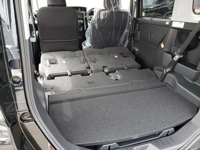 カスタムG-T 登録済未使用車 9インチディスプレイオーディオ フルセグ パノラミックビューモニター 電動パーキング クルーズコントロール 15インチアルミホイール(21枚目)