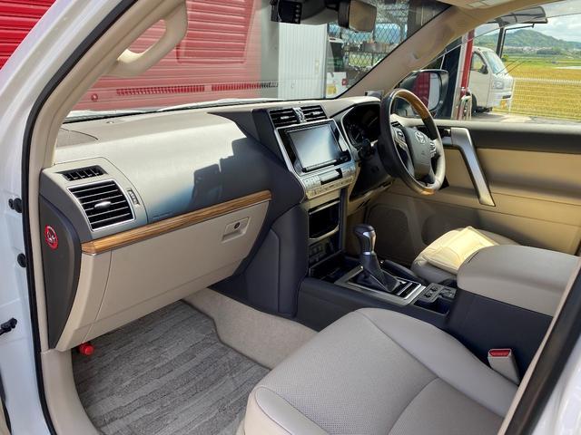 「トヨタ」「ランドクルーザープラド」「SUV・クロカン」「滋賀県」の中古車16