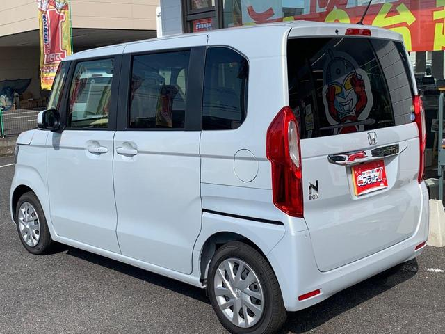 L 届出済未使用車 オーディオレス 安全装置 両側パワスラ オートクルーズ バックカメラ シートヒーター スマートキー プッシュスタート(12枚目)