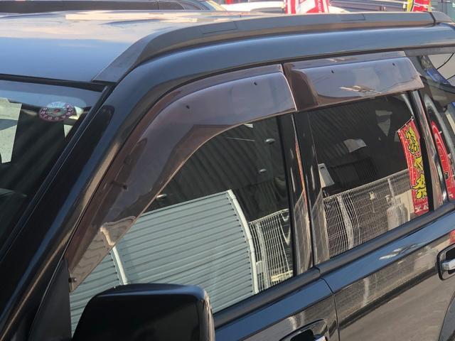 X ワンオーナー・4WD・革シート・シートヒーター・社外HDDナビ・DVD再生・純正17インチAW・ETC・革巻きハンドル・電格ミラー・フロントフォグライト・ヘッドライトレベライザー・純正フロアマット(23枚目)