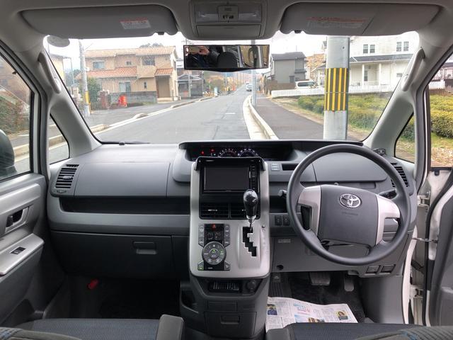 「トヨタ」「ヴォクシー」「ミニバン・ワンボックス」「京都府」の中古車17