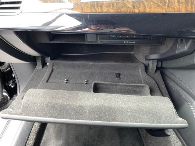 3.0TFSIクワトロ 4WD!ナビ・ETC付(51枚目)