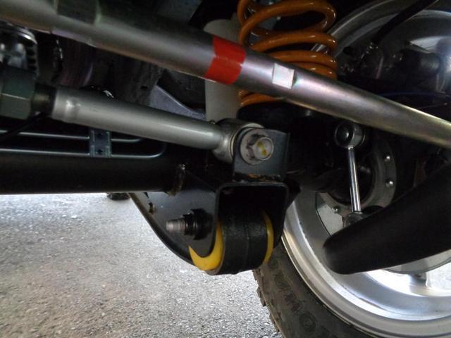 XC GLIDEコンプリートジムニー 新品2.5インチリフトアップ 新品ジオランダー6.5R16 オートマ 4WD ターボ 9型ナビフルセグ スマートキー プッシュスタート シートヒーター(28枚目)