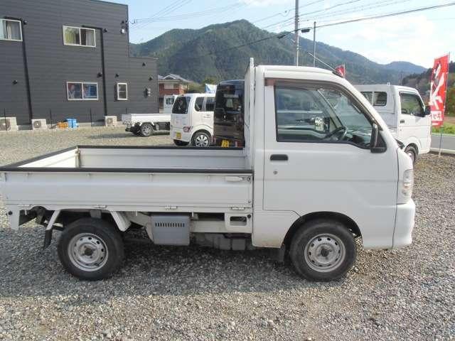 スペシャル 5速MT 4WD 3方開 ワンオーナー 禁煙車(10枚目)