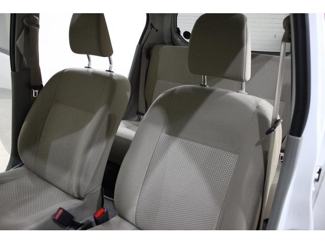 こちらもフロントシートです。汚れも少なくいい状態です♪