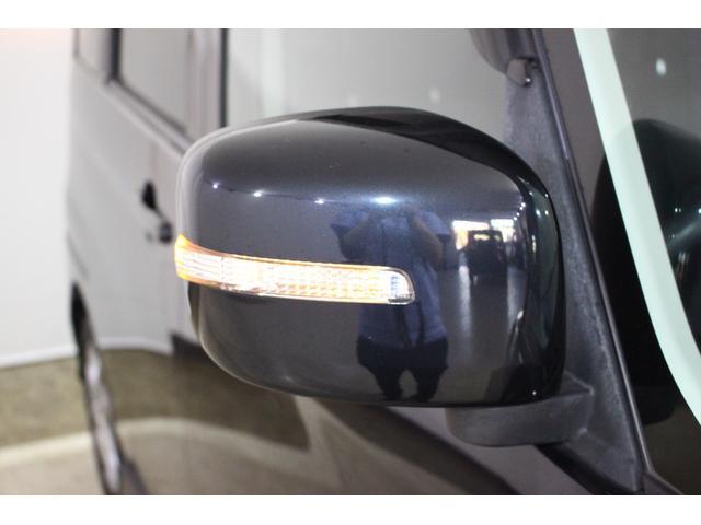 リミテッド ワンオーナースマートキーHIDヘッドライト純正アルミバックカメラオートライトHDDナビフルセグTV盗難防止室内清掃済み保証付き(24枚目)