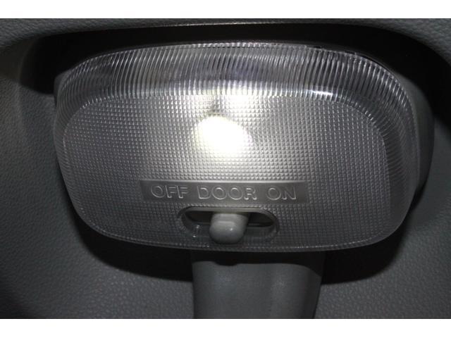 クルーズターボSAIII キーレスナビ付パワステ外品ナビ外品アルミホイールオートハイビーム純正LEDヘッドライト純正LEDフォグリヤコーナーセンサーバックカメラ電格ミラー室内システムレール(54枚目)