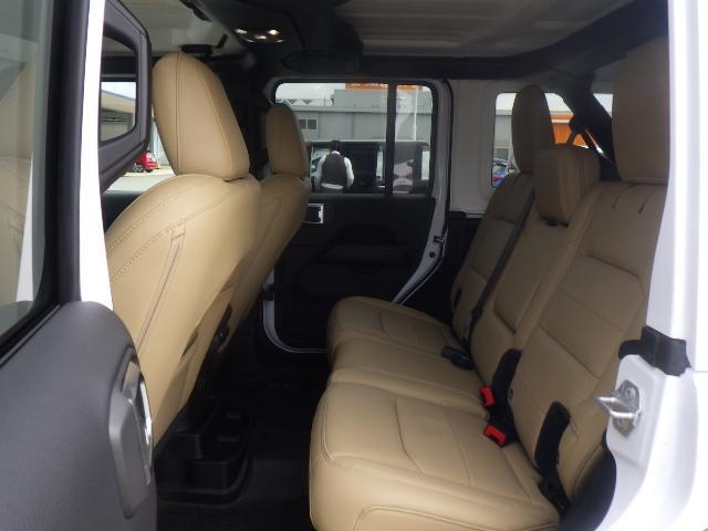 「その他」「ジープラングラーアンリミテッド」「SUV・クロカン」「兵庫県」の中古車6