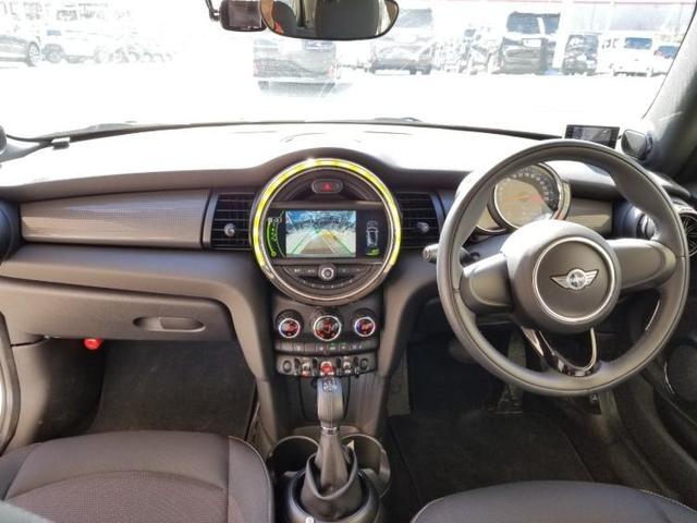 クーパーD アイドリングストップ 修復歴無 キーレス 社外 メモリーナビ ETC ABS バックモニター 衝突安全ボディ エンジンスタートボタン シートヒーター 前席 ヘッドランプ LED オートエアコン(4枚目)