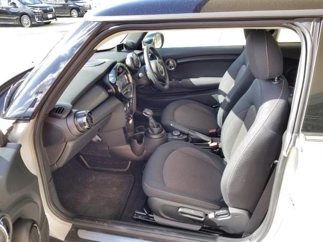 クーパーD アイドリングストップ 修復歴無 キーレス 社外 メモリーナビ ETC ABS バックモニター 衝突安全ボディ エンジンスタートボタン シートヒーター 前席 ヘッドランプ LED オートエアコン(5枚目)