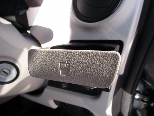 E 運転席シートヒーター キーレス ふらつき防止機能(13枚目)