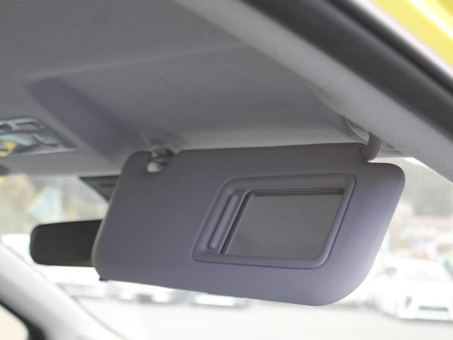 トヨタ ヴィッツ U 先進安全装置 ワンオーナー アイドリングストップ