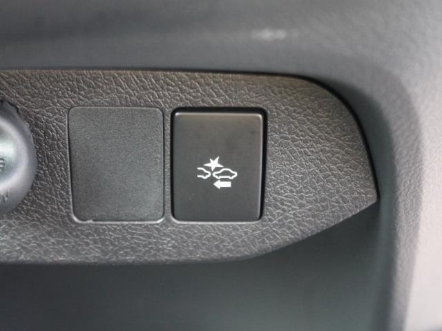 GRスポーツ 当社元試乗車 安全装置搭載 SDナビ LED(10枚目)