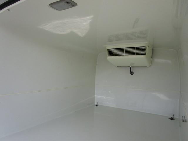 冷凍冷蔵車 バックカメラ ETC(8枚目)