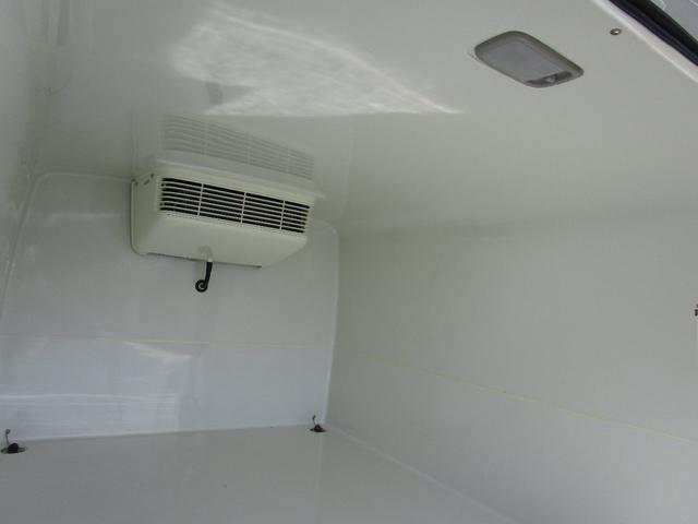 冷凍冷蔵車 バックカメラ ETC(9枚目)