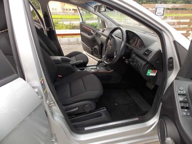 メルセデス・ベンツ M・ベンツ A200 エレガンス キーレス ETC CD 盗難防止装置