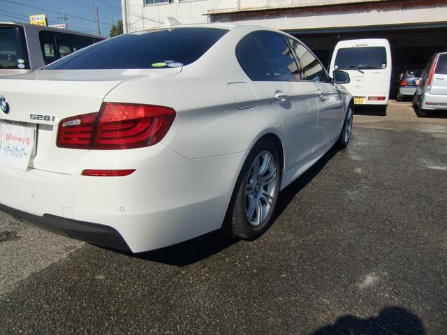 BMW BMW 528i Mスポーツパッケージ