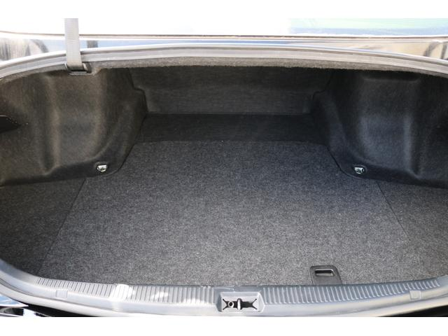 ロイヤルサルーン 後期モデル HDDナビ バックカメラ ETC エアロ 車高調 19インチアルミホイール HIDヘッドライト スマートキー(19枚目)