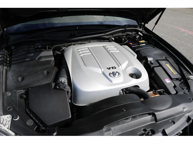 ロイヤルサルーン 後期モデル HDDナビ バックカメラ ETC エアロ 車高調 19インチアルミホイール HIDヘッドライト スマートキー(20枚目)