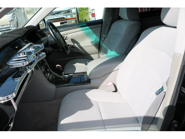 ロイヤルサルーン 後期モデル HDDナビ バックカメラ ETC エアロ 車高調 19インチアルミホイール HIDヘッドライト スマートキー(28枚目)