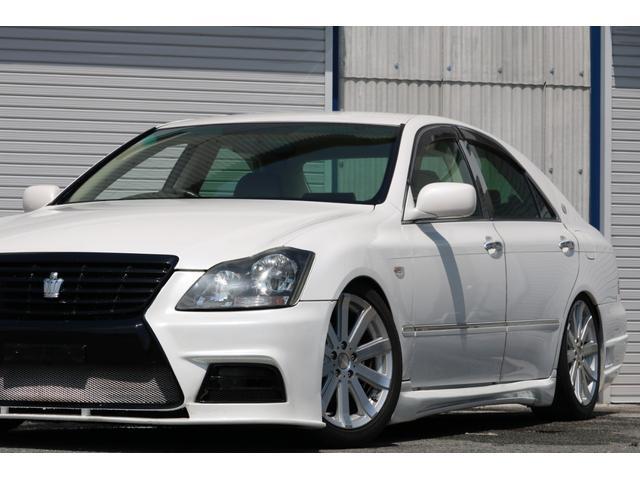 ロイヤルサルーン スピンドルエアロ RS-R車高調 社外アルミホイール HIDヘッドライト ETC レザー調シートカバー CD スマートキー パワーシート エアバック ABS 電動格納ミラー(24枚目)