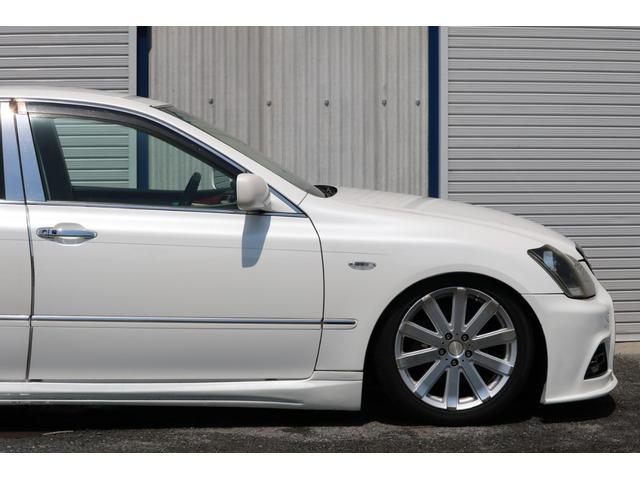 ロイヤルサルーン スピンドルエアロ RS-R車高調 社外アルミホイール HIDヘッドライト ETC レザー調シートカバー CD スマートキー パワーシート エアバック ABS 電動格納ミラー(30枚目)