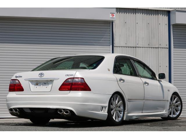 ロイヤルサルーン スピンドルエアロ RS-R車高調 社外アルミホイール HIDヘッドライト ETC レザー調シートカバー CD スマートキー パワーシート エアバック ABS 電動格納ミラー(56枚目)