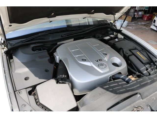 ロイヤルサルーン スピンドルエアロ RS-R車高調 社外アルミホイール HIDヘッドライト ETC レザー調シートカバー CD スマートキー パワーシート エアバック ABS 電動格納ミラー(66枚目)