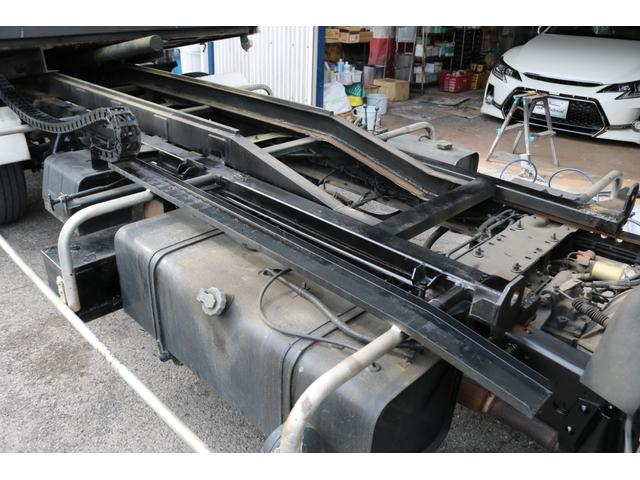 積載車 ローダー 修復歴無し 無事故 上物メーカー 花見台 ラジコン付き 6速MT ウィンチ エアコン パワステ パワーウィンドウ(50枚目)