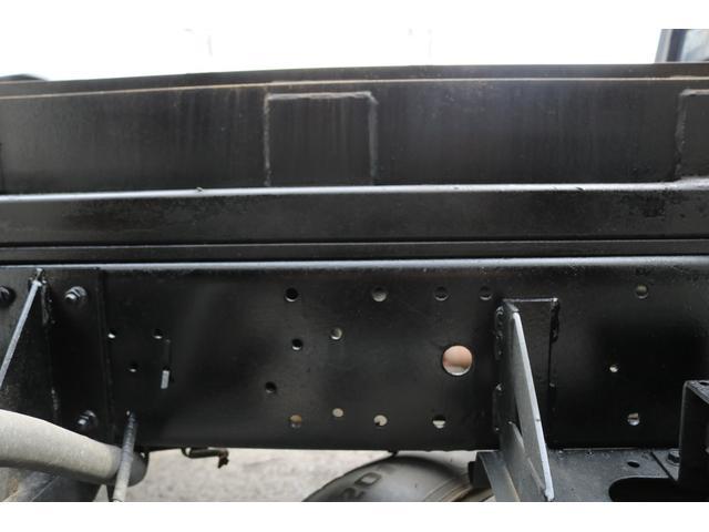積載車 ローダー 修復歴無し 無事故 上物メーカー 花見台 ラジコン付き 6速MT ウィンチ エアコン パワステ パワーウィンドウ(51枚目)