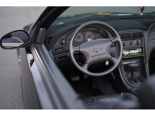 「フォード」「フォード マスタング」「オープンカー」「兵庫県」の中古車26