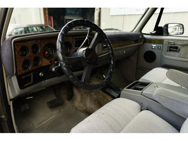「シボレー」「シボレーサバーバン」「SUV・クロカン」「兵庫県」の中古車14