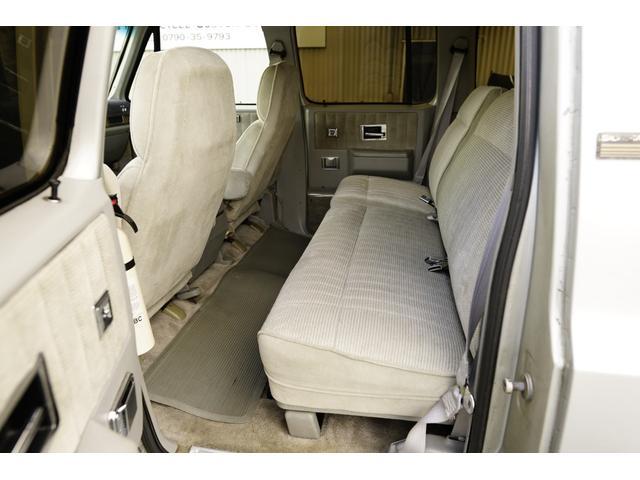 「シボレー」「シボレーサバーバン」「SUV・クロカン」「兵庫県」の中古車17