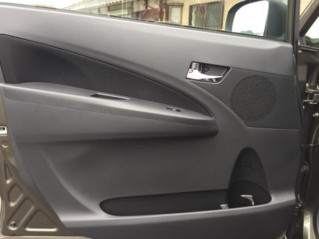 カスタム RS 16インチアルミホイール スマートキー(18枚目)