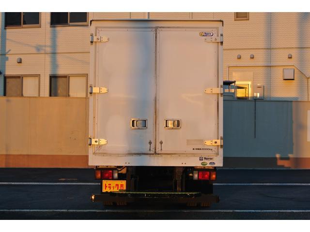 冷蔵冷凍車 東プレ製-30℃設定 積載量2000kg(5枚目)