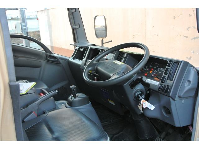 冷蔵冷凍車 東プレ製-30℃設定 積載量2000kg(6枚目)