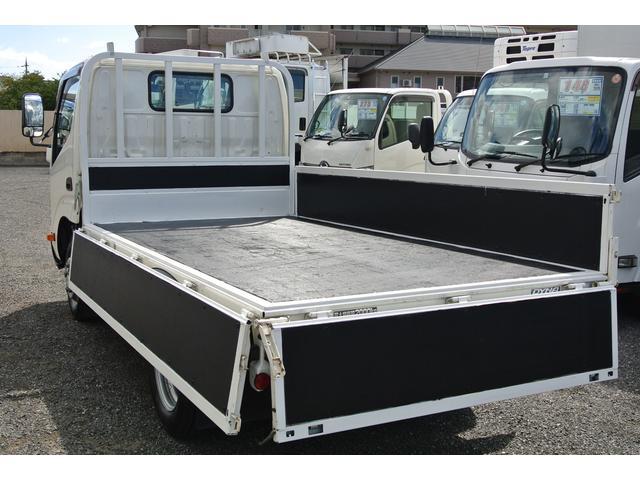 平ボディ 積載2トン 3方開 AT車 LEDフォグランプ(14枚目)