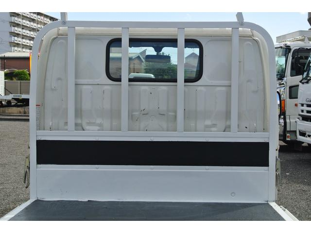 平ボディ 積載2トン 3方開 AT車 LEDフォグランプ(18枚目)