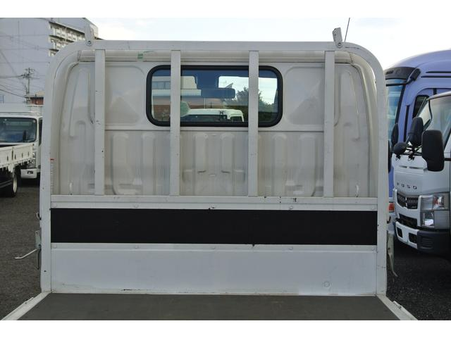 平ボディ 積載2t 全低床 AT車 3方開 10尺(16枚目)
