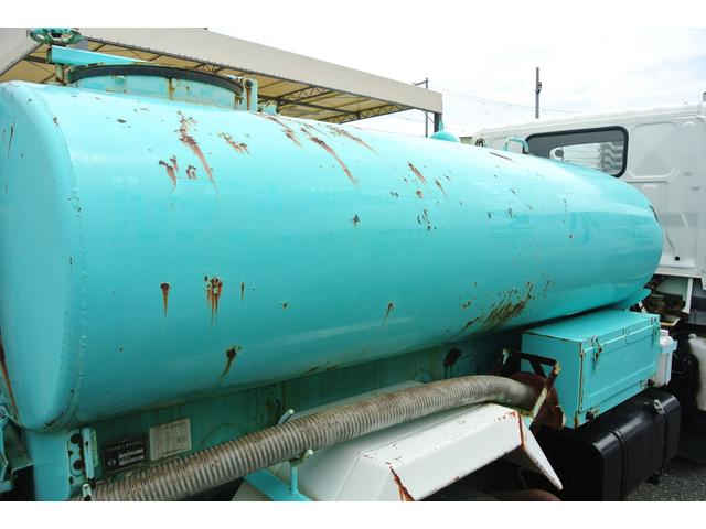 散水車 積載容量2000L サブE/G式 5速MT(19枚目)